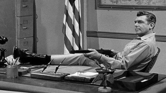Andy-Griffith-with-rifle