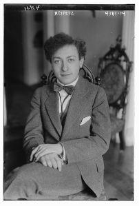 Jascha_Heifetz_in_1917